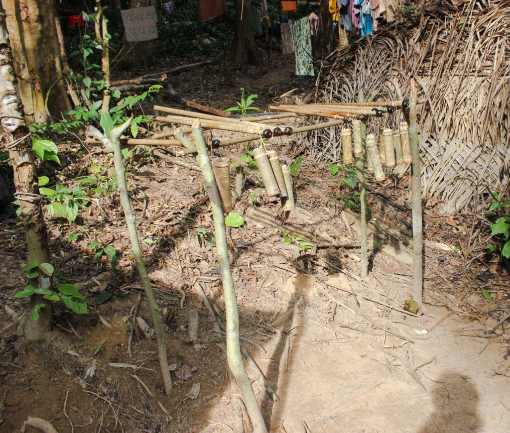 Image de sarbacanes de la tribu orang Asli