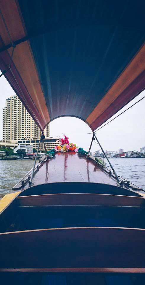 Image d'un bateau pour visiter les Klongs à Bangkok