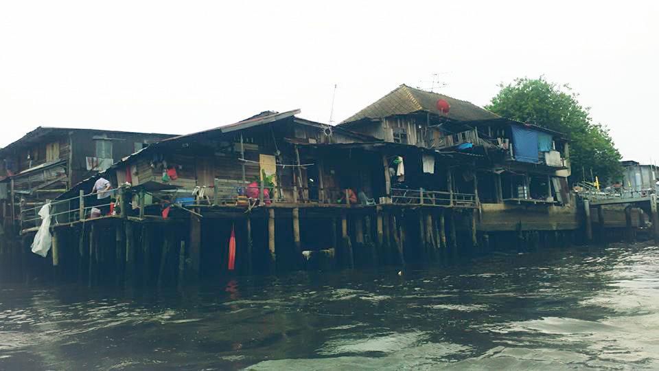 Image de maison dans les Klongs à Bangkok