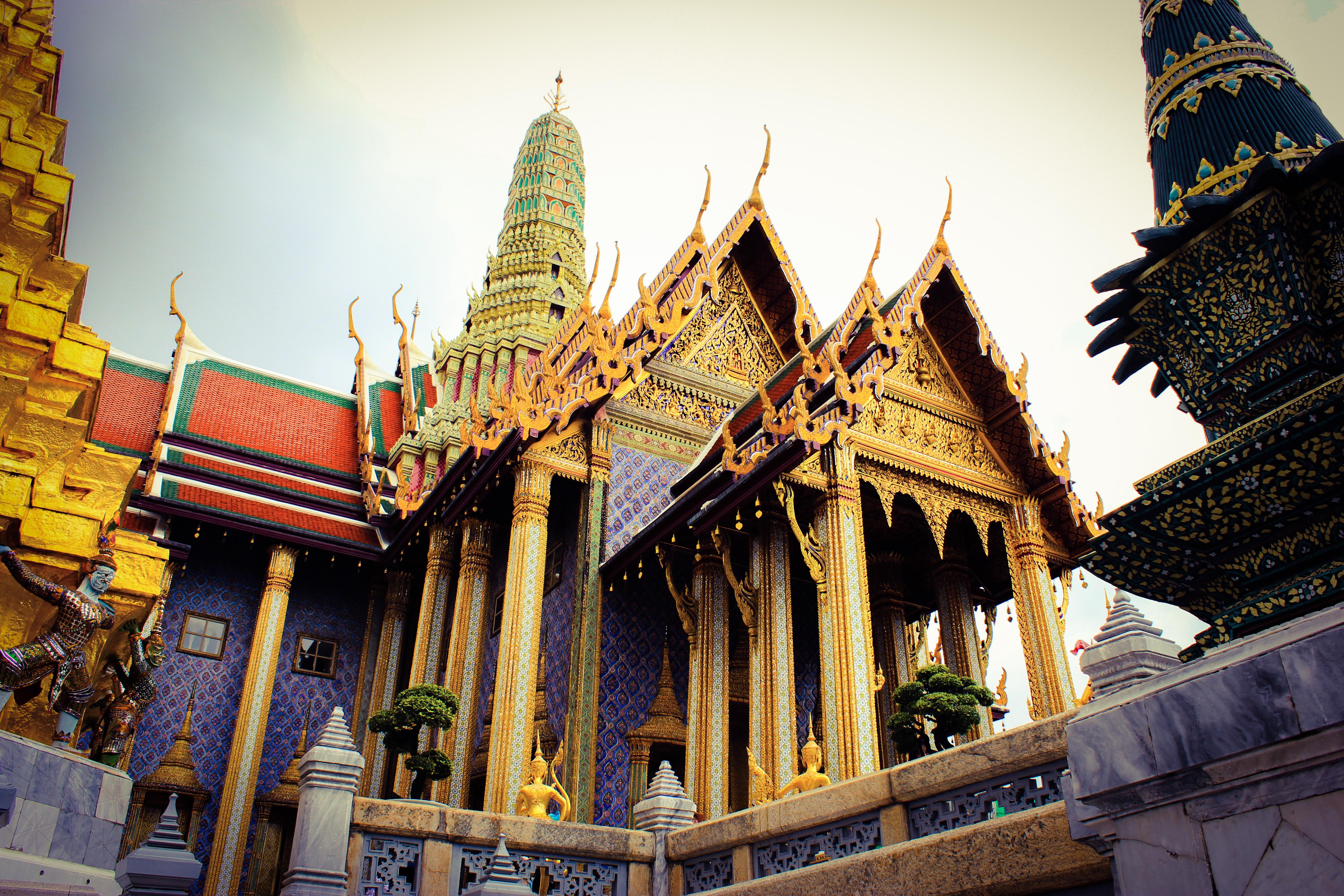 Image d'un temple au palais royal de Bangkok
