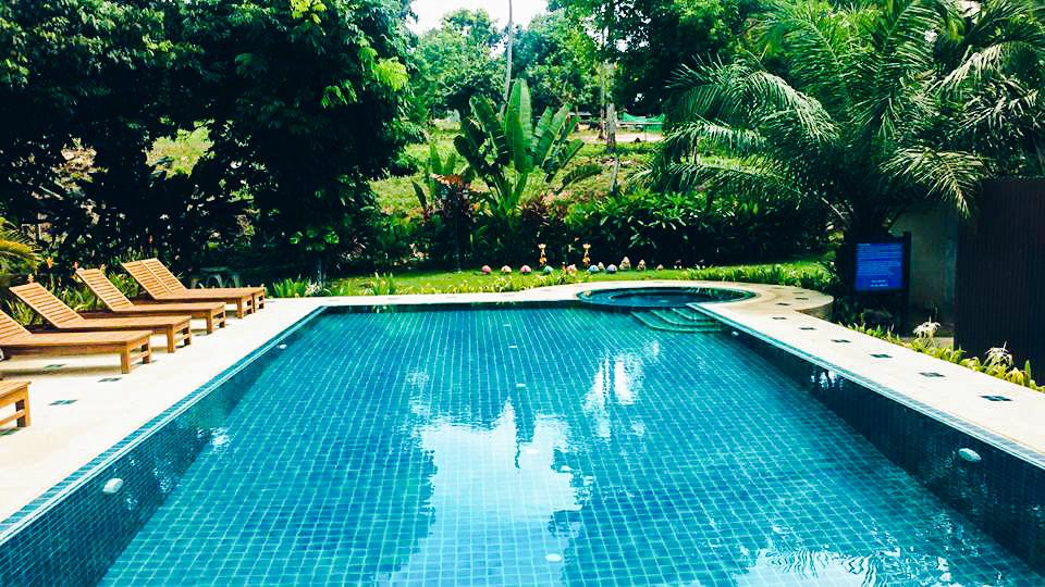 Image de la piscine du Baan Room Mai Resort