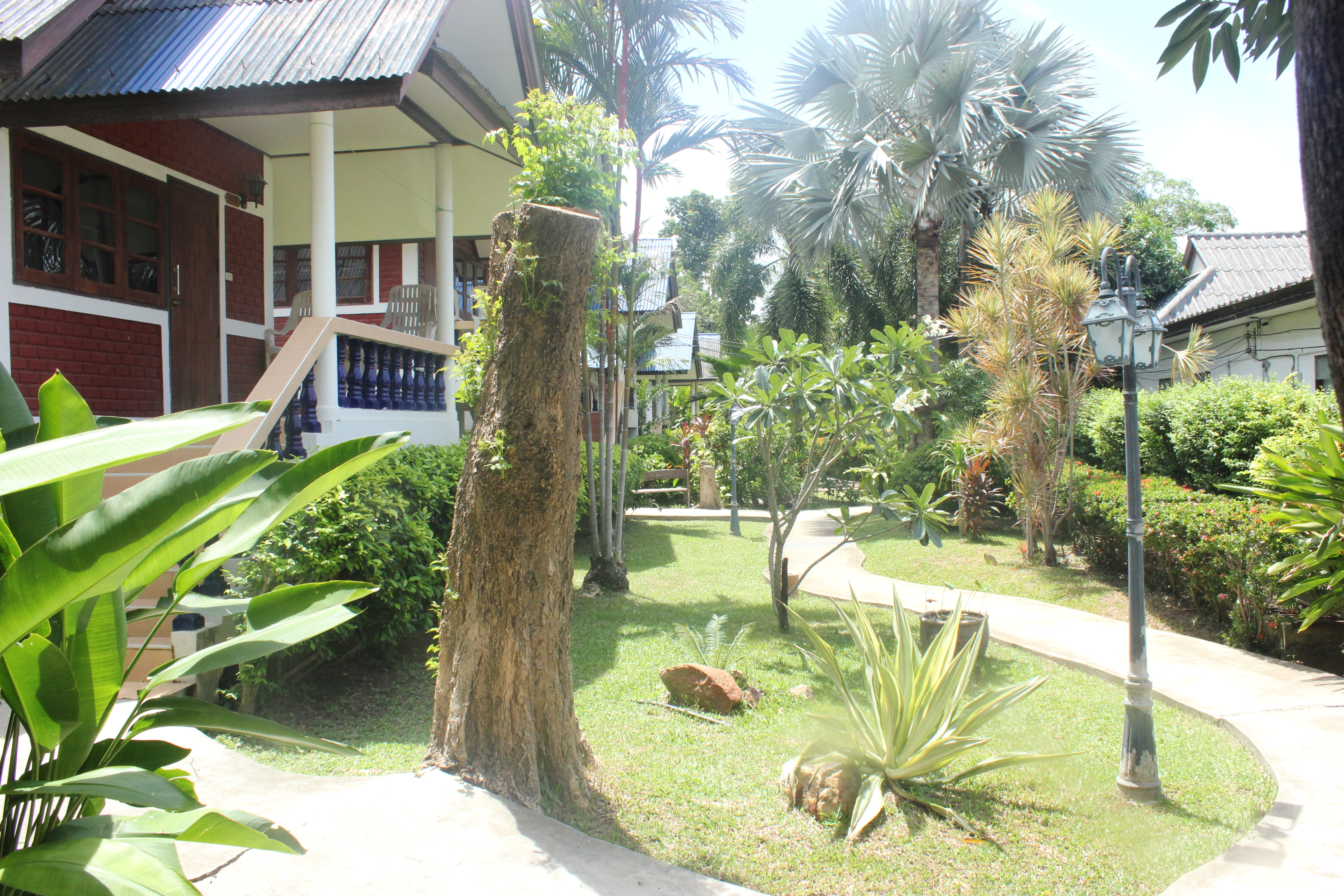 Image du jardin du Baan Room Mai Resort