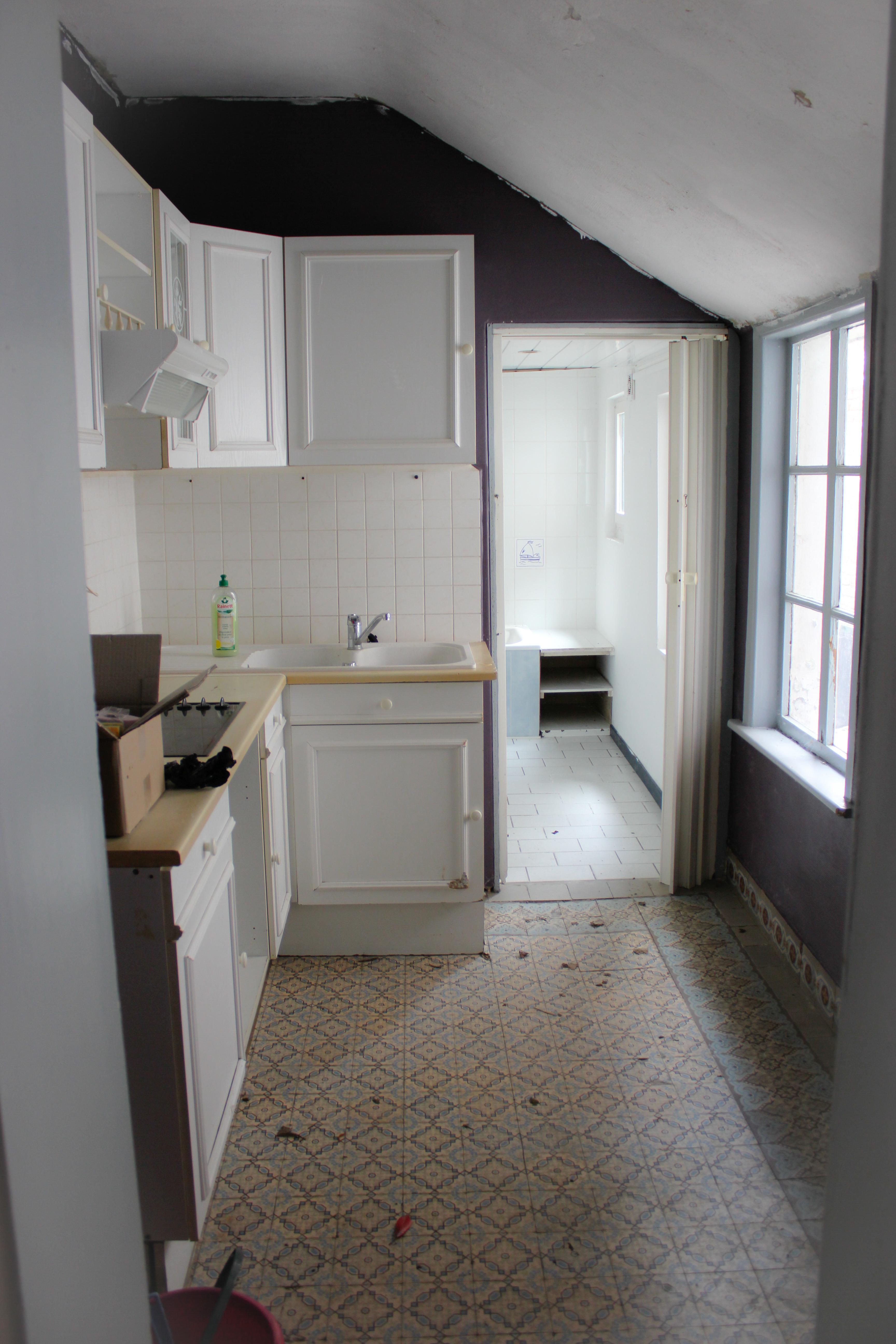 entrée salle de bain avant les travaux