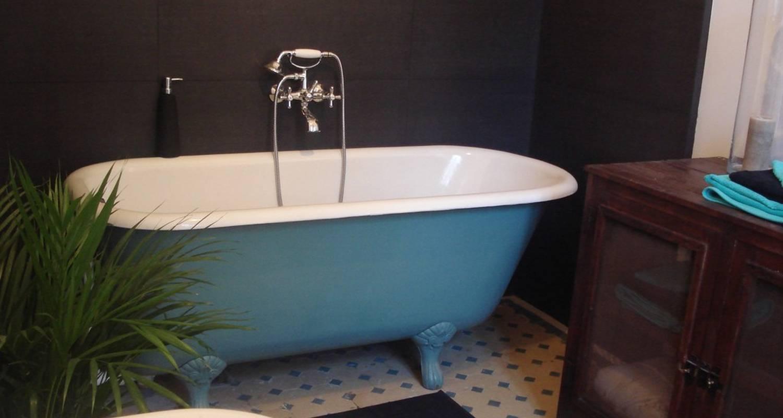 Image de la baignoire de la suite du Château Bourbelle